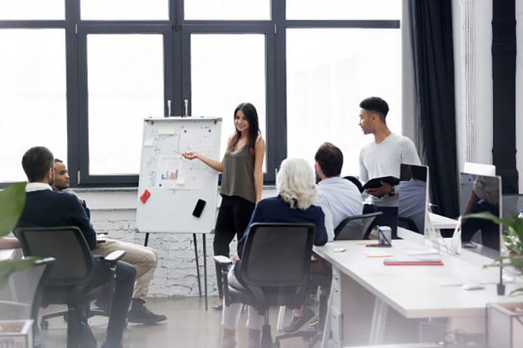 Tại sao doanh nghiệp nên lựa chọn lắp đặt tổng đài nội bộ Mantel